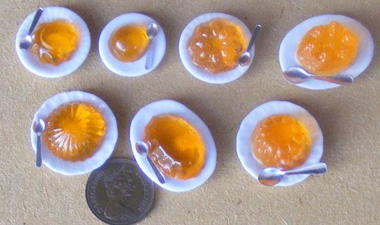 1:12 Scale Orange Jelly On A Ceramic Plate Tumdee Dolls House Food Accessory OJ2