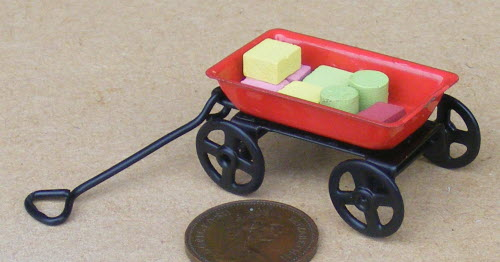 1:12th Pull Along Wood Toy Bricks Doll House Miniature Nursery Trolley