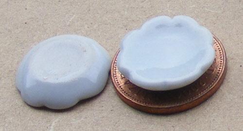 1:12 Scale 2 White Ceramic Plates 3.5cm tumdee Dolls House Kitchen Accessory W16