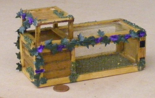 1:12 Scale Natural Finish Rabbit Hutch Tumdee Dolls House Pet Accessory D /& A