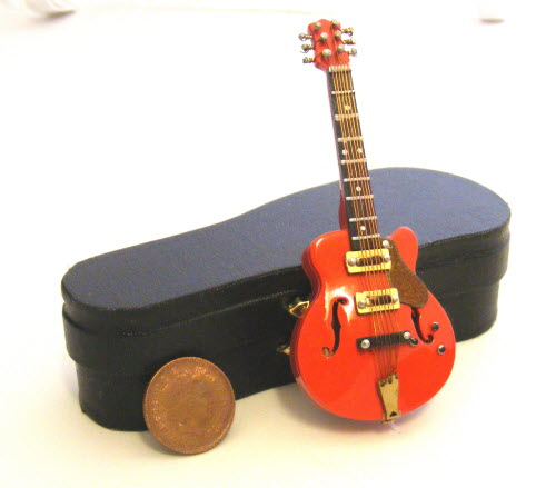 1:12 Scale Wooden Red Guitar With A Black Case Tumdee Dolls House Instrument 155